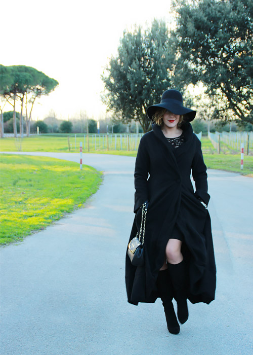 Winter outfit black dress.