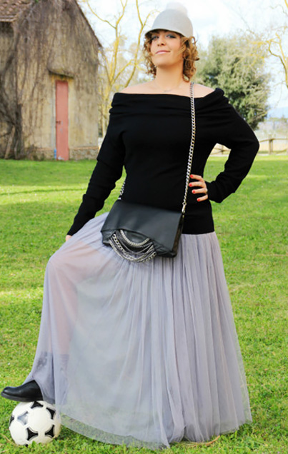 Outfit gonna lunga di tulle.