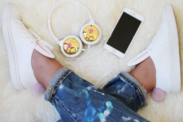 Fashion Snobber. Sneakers Minna Parikka Bunny, jeans Polo Ralph Lauren and headphones Sailor Moon by Bandai.