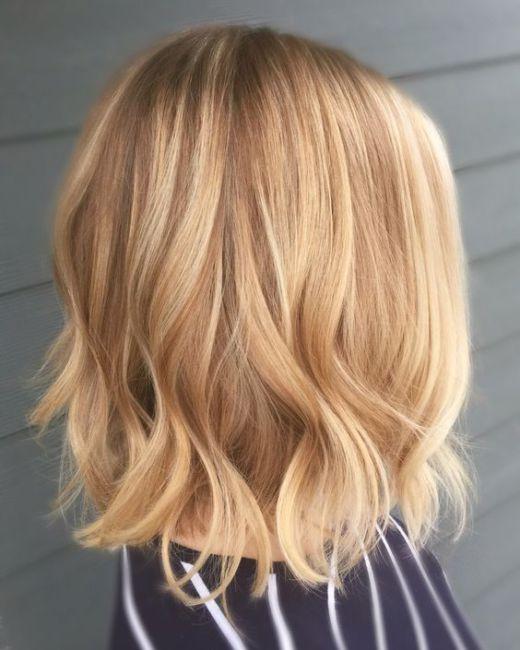 Come prendersi cura dei capelli biondo chiaro - Blog di moda