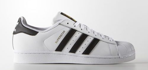 Adidas Superstar.