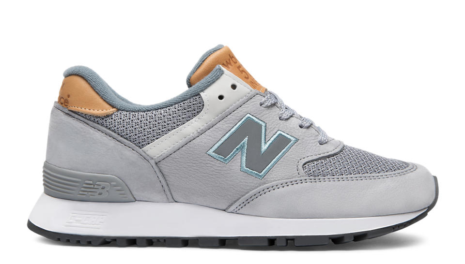 New Balance Leather Walking Shoes