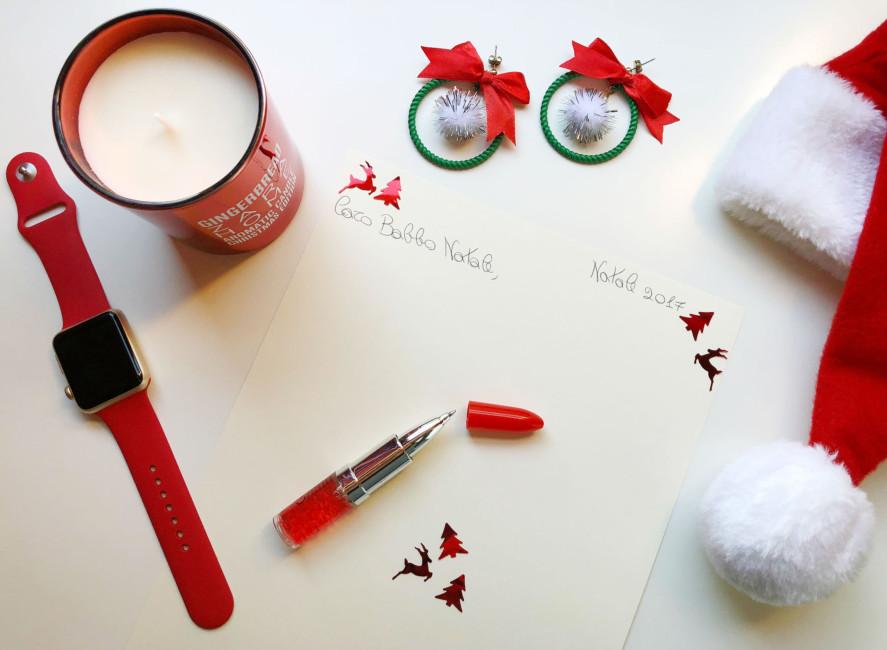Scrivendo a Babbo Natale - Writing to Santa Claus.