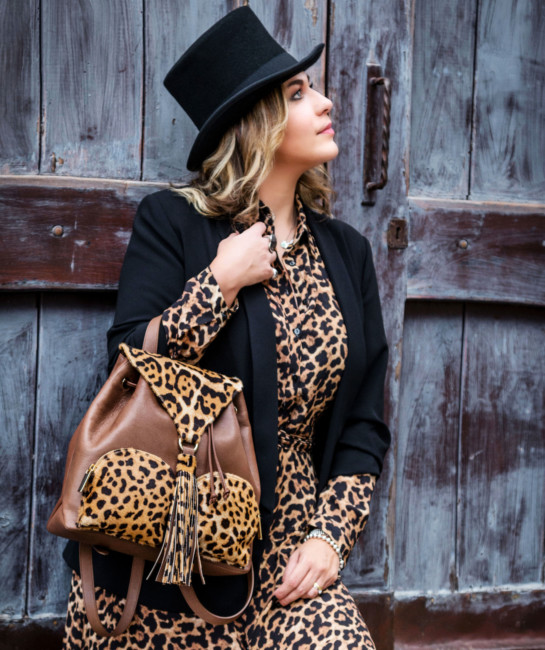 Animalier outfit.