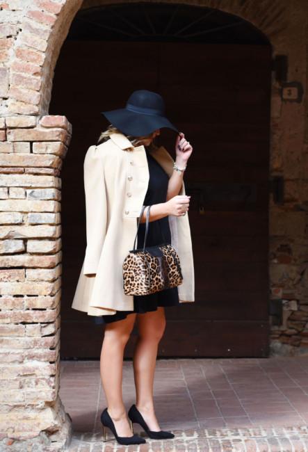 Outfit bon ton borsa bauletto animalier - Bon ton outfit animalier bag.