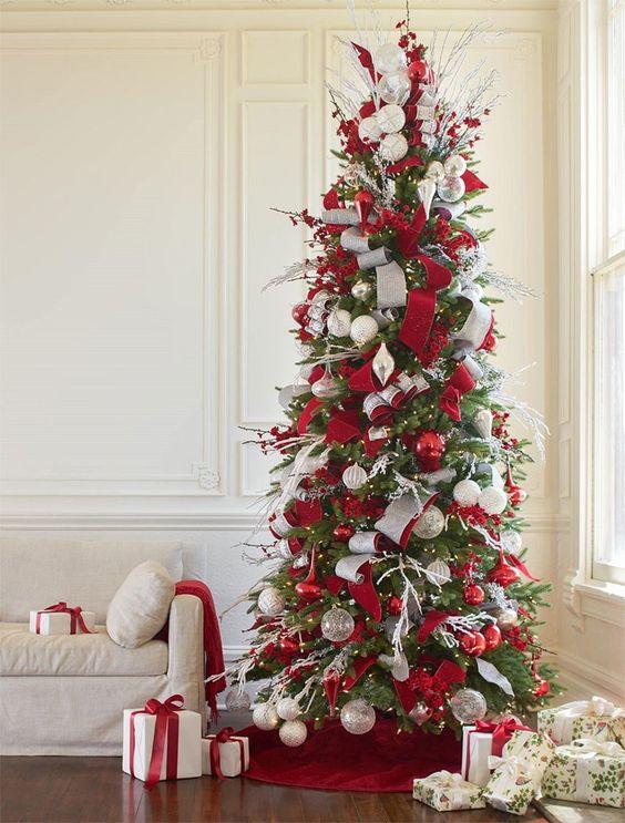 Albero colori di Natale rosso - Christmas colors red tree.