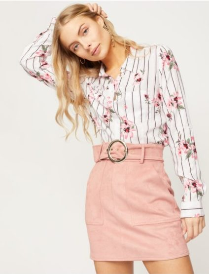 Floral striped shirt outfit idea.