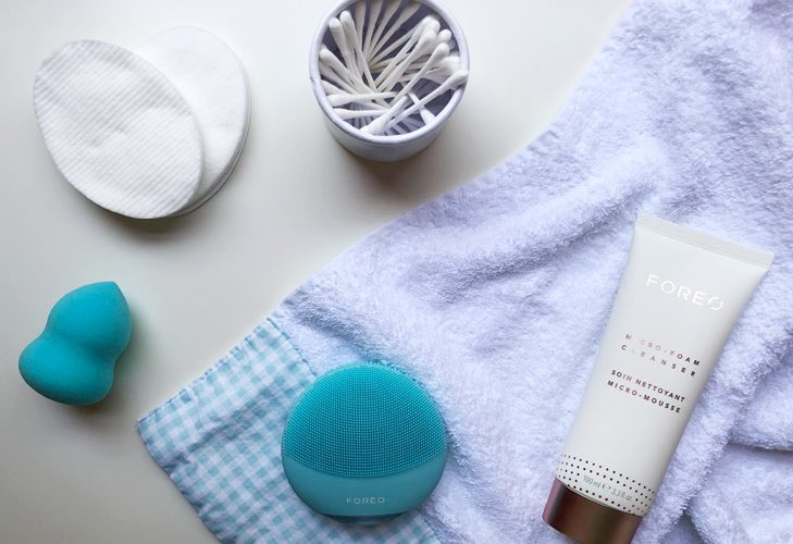 Massaggiatore intelligente per pulizia viso.