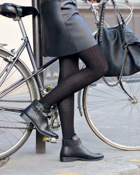 Come indossare le calze in inverno.