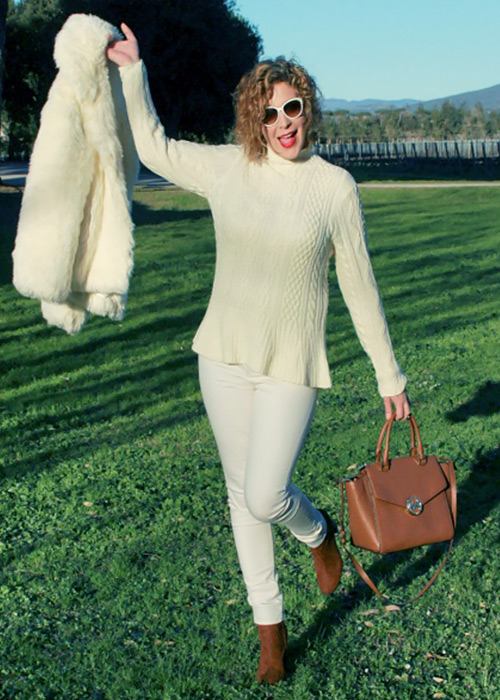 Outfit total white.
