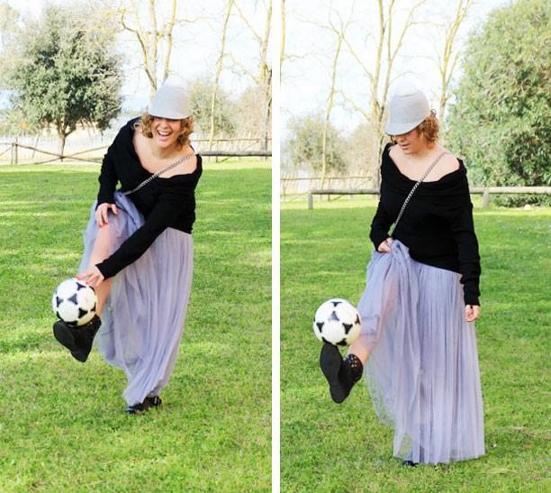 Come giocare a calcio con una gonna.