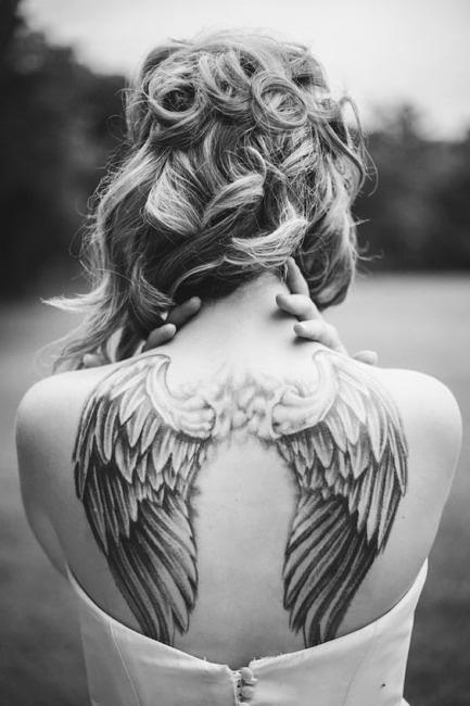 Idee tatuaggi con ali.