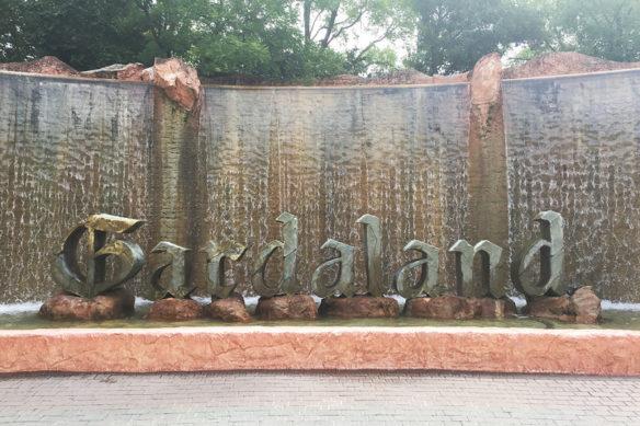 Return children to Gardaland
