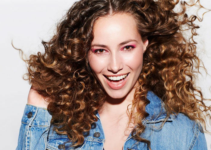 How to have perfect curly hair.