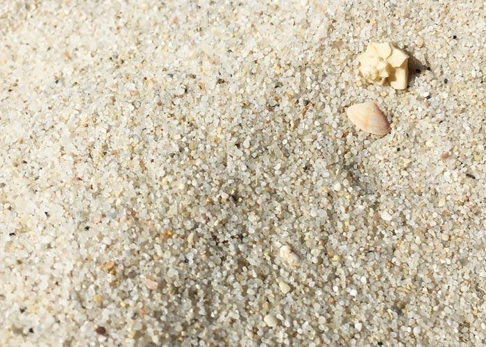 Sabbia bianca del Portogallo in Alentejo.