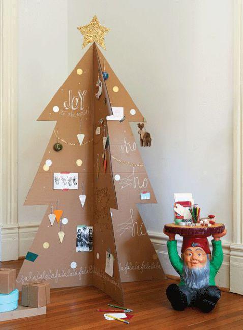 Albero di natale fai da te in cartone - Christmas tree DIY.