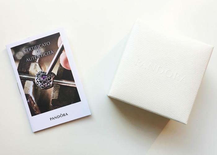 Certificato di autenticità gioiello Pandora originale.