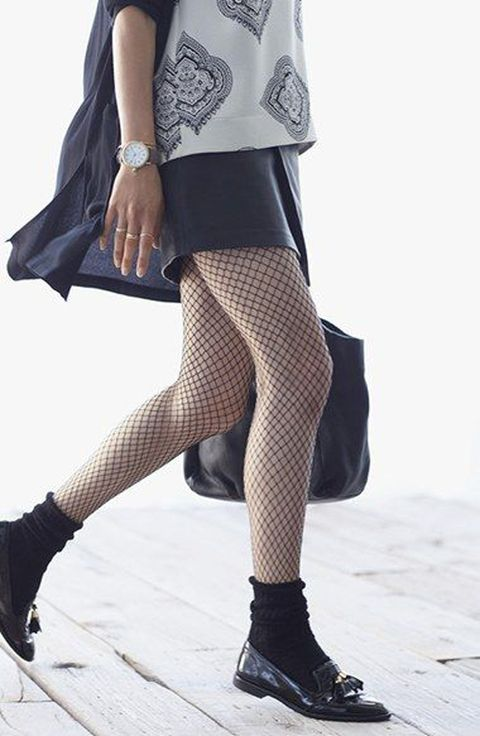 How to wear fishnet stockings.