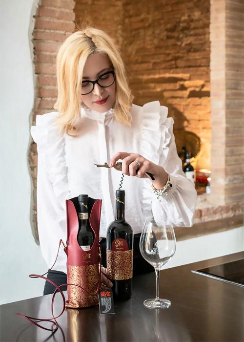 Sapaf Atelier veste i vini Fattoria Sant'Appiano.