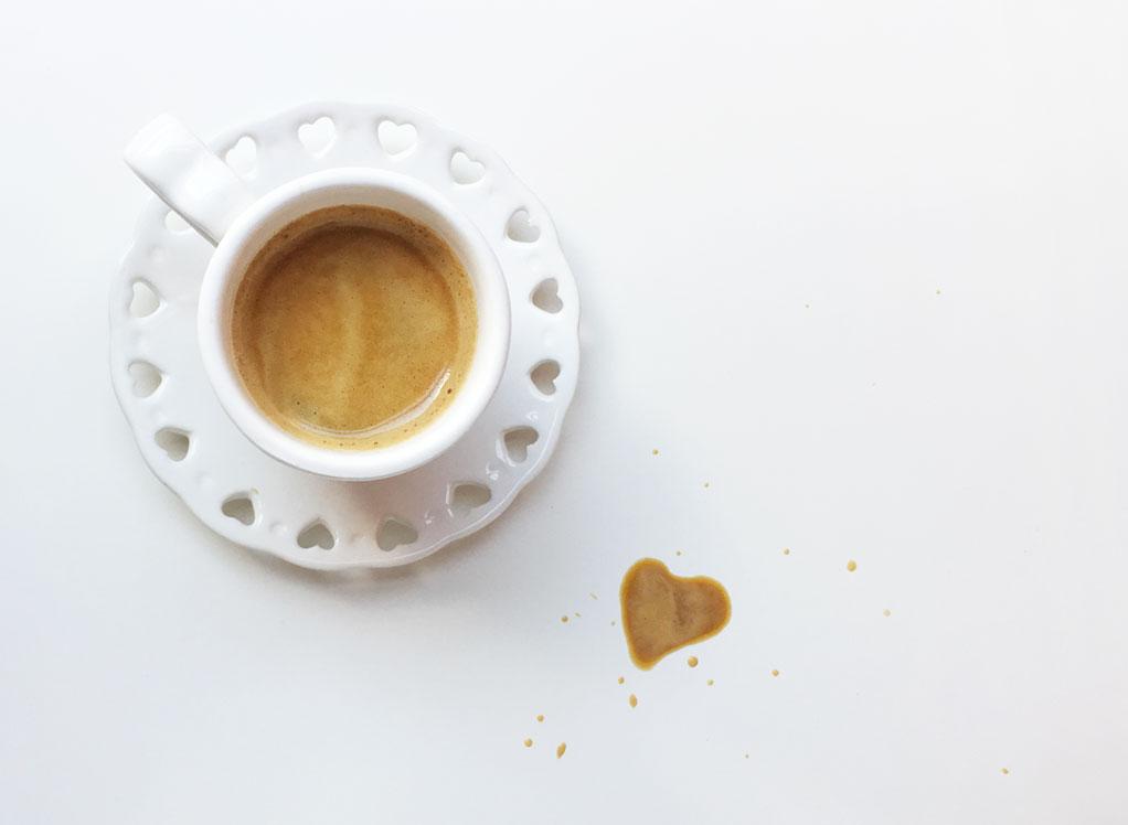 Come bevi il caffè ti dice chi sei - Drinking as coffee tells you who you are.
