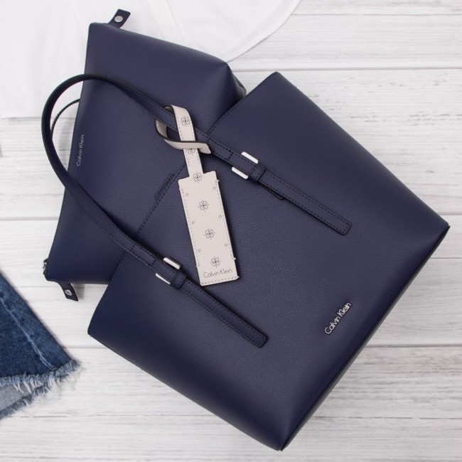 Online shop Goccia.clothing blue bag Calvin Klein.