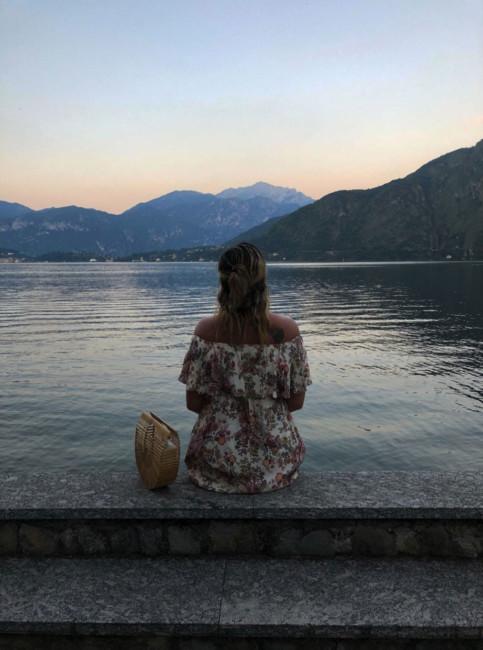 Tramonto sul lago.