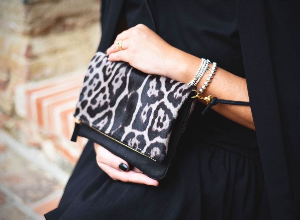 Bag woman animalier pochette bag by Sapaf Atelier.
