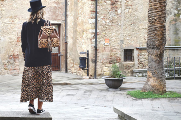 Outfit: more animalier bags for everyone!