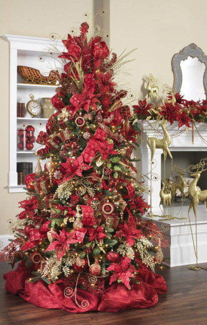 Red and gold Christmas tree.