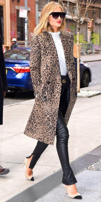 How to wear the animalier coat.