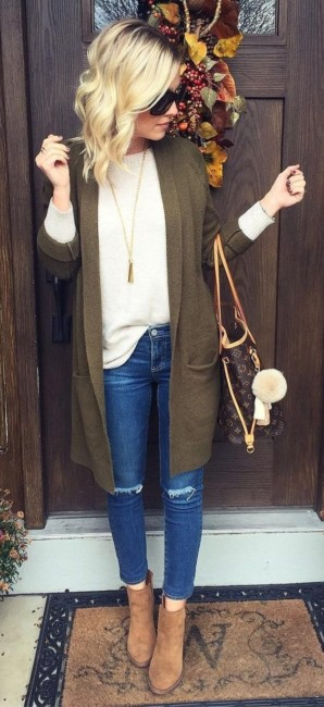 Ankle boots jeans outfit.