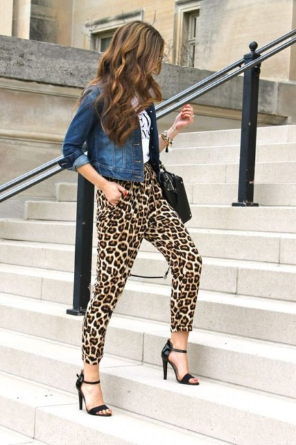 Animalier pants outfit.