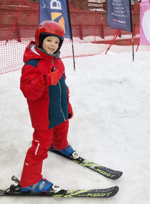 Ski VS Snowboard.