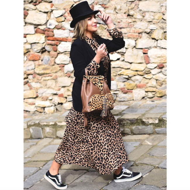 Animalier dress outfit.
