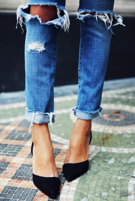 Cuff jeans detail.
