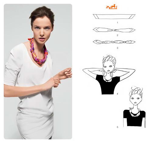 Come trasformare un foulard in una collana.