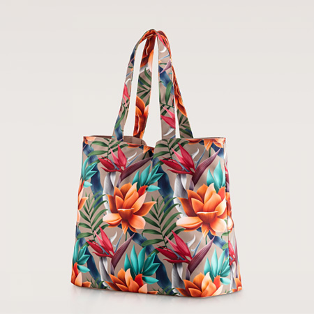 Floral summer bags.