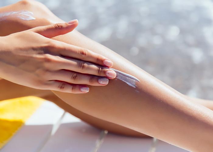 Come funzionano le creme solari e gli oli protettivi.